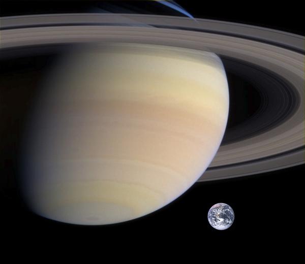 2016年8月12日 月と土星が接近