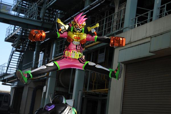 仮面ライダーゲンム【予告編】エグゼイドがレジェンドライダーたちに変身!?
