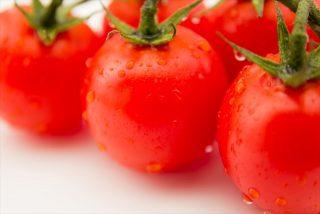 紫外線対策の食べ物で朝トマトが良いって本当?理由と朝ダメな食べ物は?